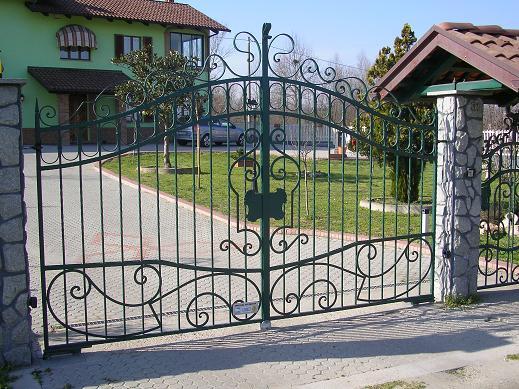 Cancelli in ferro for Immagini di entrate di ville