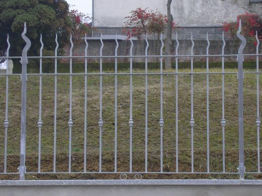 Recinzioni in ferro - Recinzioni in metallo per giardino ...